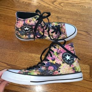 Converse CT floral canvas high top sneakers size 9